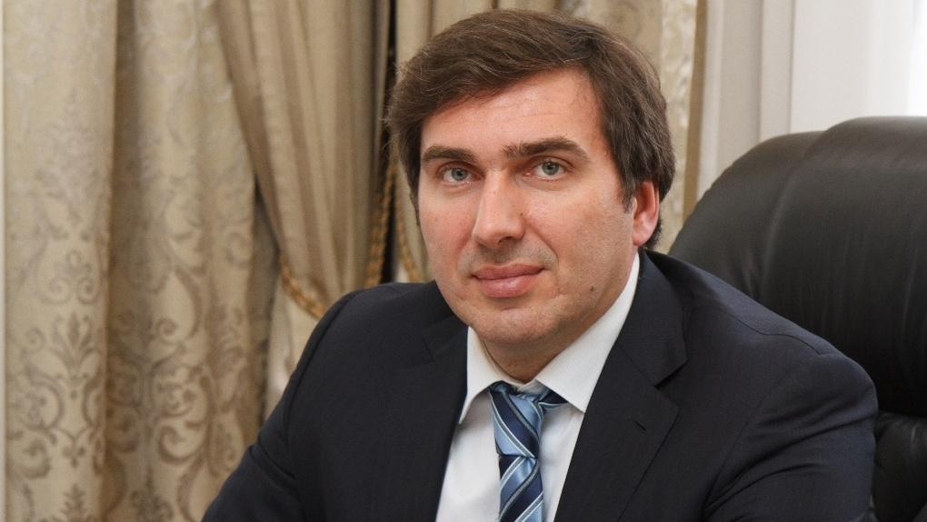 Глава новосибирского минздрава объяснил причины задержек зарплат медикам Бердска