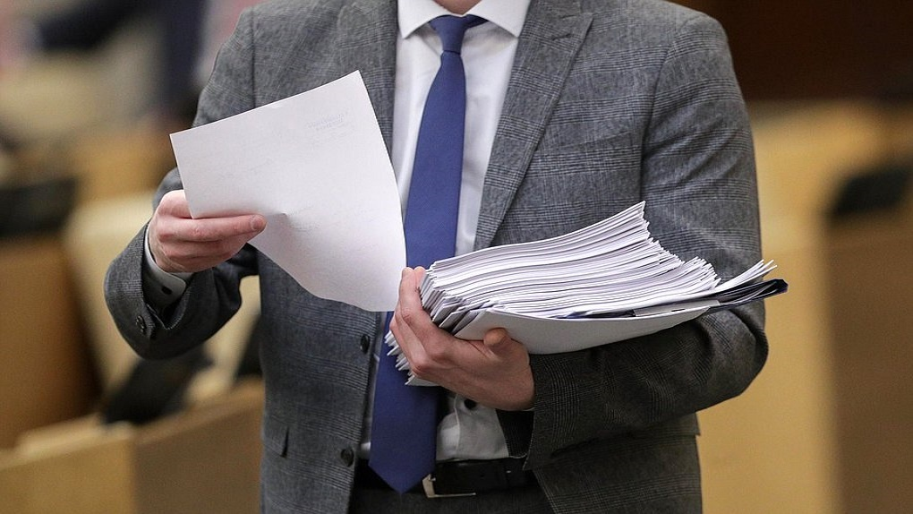 Госдума утвердила штрафы за нарушение карантина и распространение фейков о коронавирусе