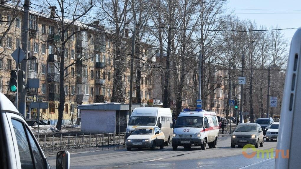В Омске пьяный водитель без прав сбил на переходе ребенка