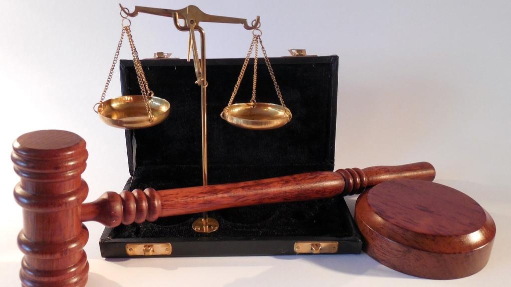 В Новосибирске из-за нарушений отменили вердикт присяжных по делу наркоторговца