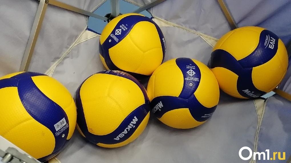 Омским волейболисткам вручили золотые медали чемпионата России