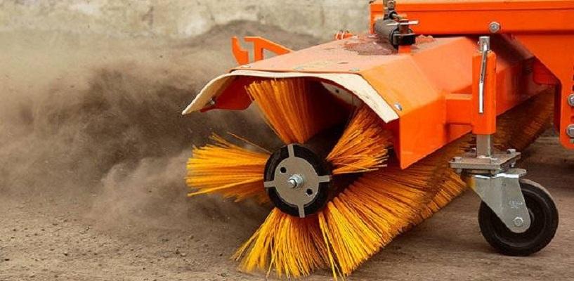 С улиц Омска вывезли более 40 тысяч тонн грязи и пыли