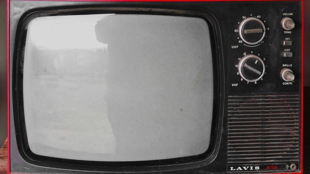 В понедельник омичам отключат радио и телевидение