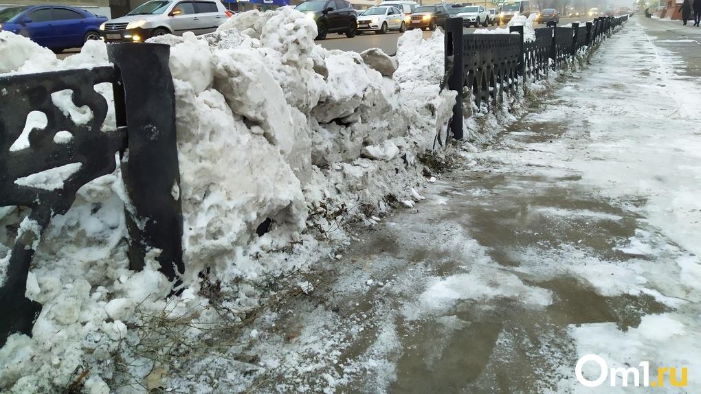 Подросток из Омска ходит босой даже в морозы