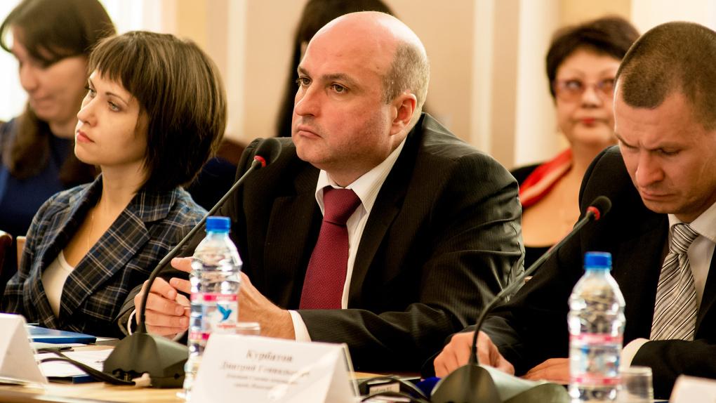 Новосибирский депутат требует уволить руководителя центра по проблемам домашних животных