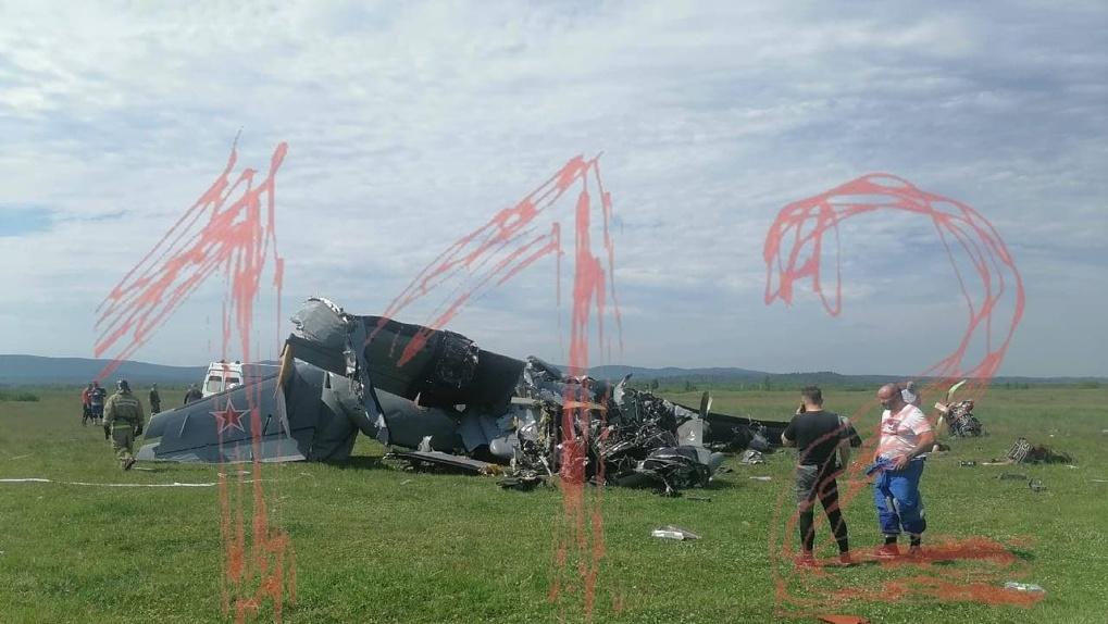 Семь трупов и груда металла: самолёт разбился на границе с Новосибирской областью (обновляется)