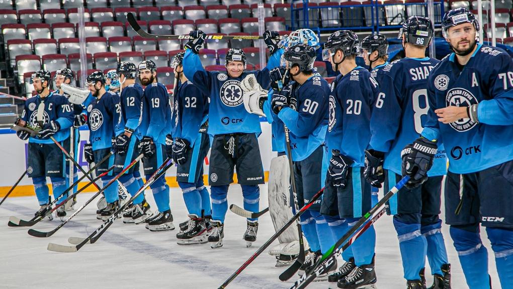 Преодолели проклятие девятого места: губернатор Андрей Травников поставил задачу новосибирским хоккеистам