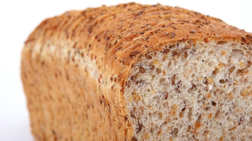 Выяснилось, откуда в Новосибирск пришли слова «поребрик» и «булка хлеба»