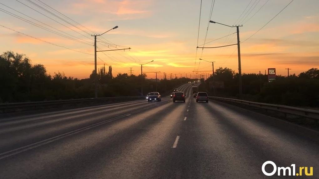 На трассе под Тюменью в смертельном ДТП разбились четыре омича