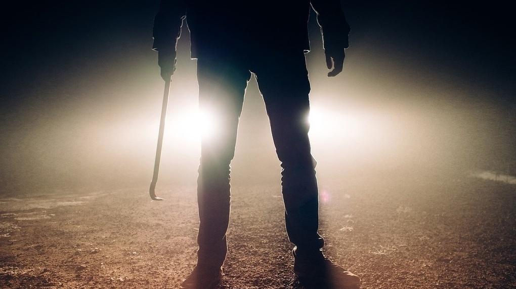 Житель Новосибирской области убил знакомого кочергой после философской беседы