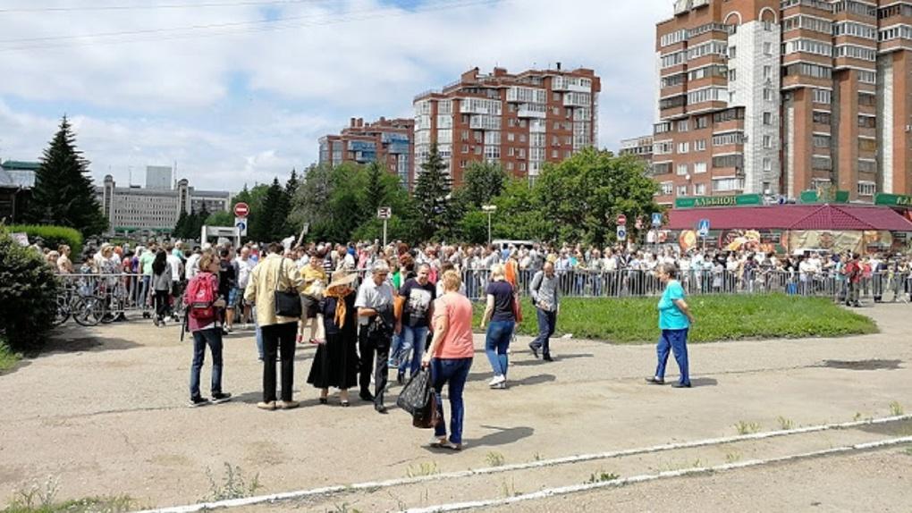 В период эпидемии коронавируса число работающих людей в Омске уменьшилось на 15 тысяч