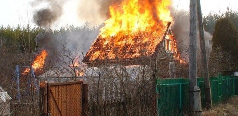 В Омске начали искать места возгораний на дачах с помощью квадрокоптеров