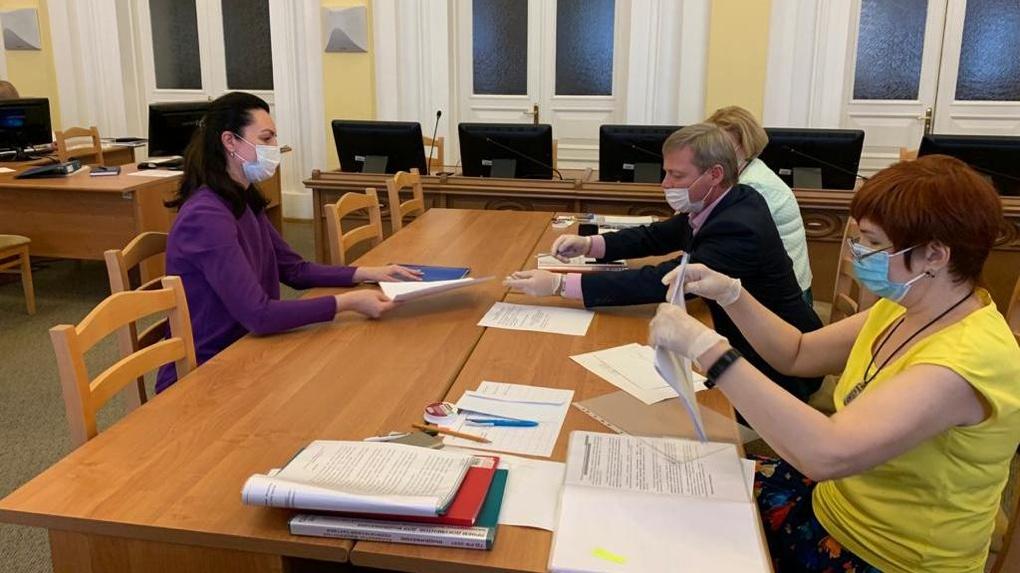 Мэр Омска Оксана Фадина получила официальный статус кандидата в депутаты Госдумы