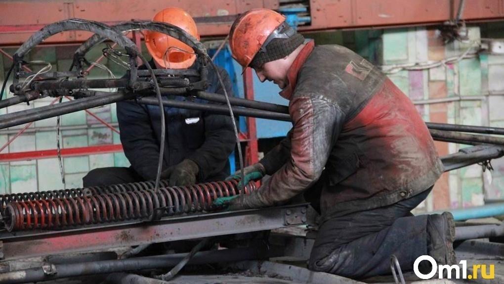 Названы причины, из-за которых новосибирцы получают травмы и гибнут на производстве