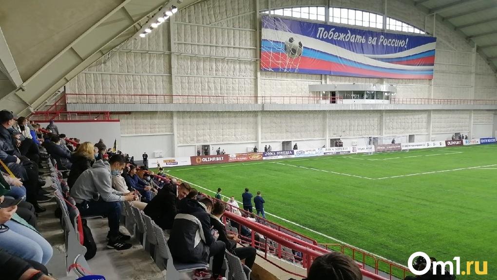 Из-за вспышки COVID-19 в ФК «Шинник» отменен следующий матч омского «Иртыша»