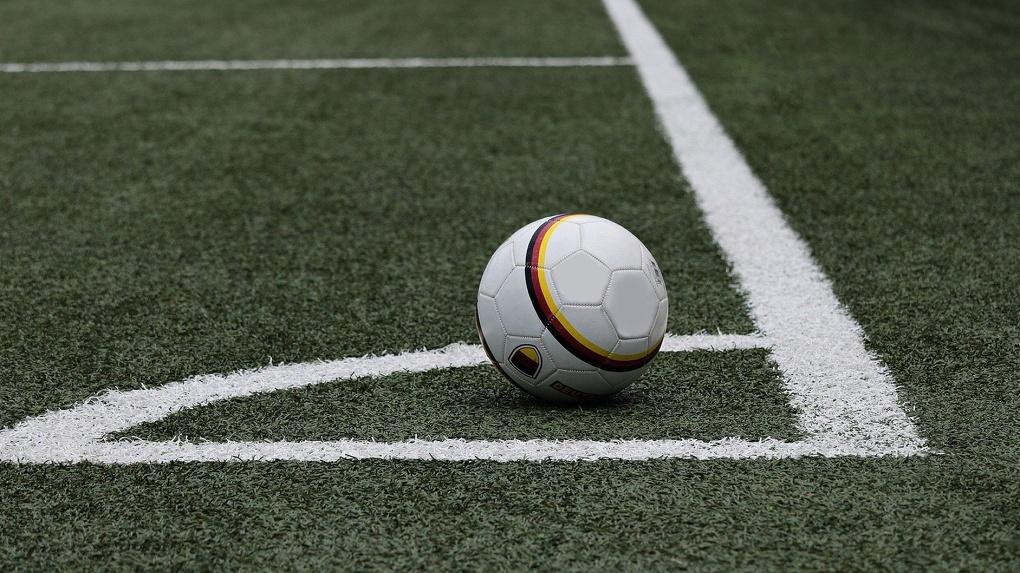 Новосибирский футбольный клуб обанкротился из-за долга в 24 миллиона рублей