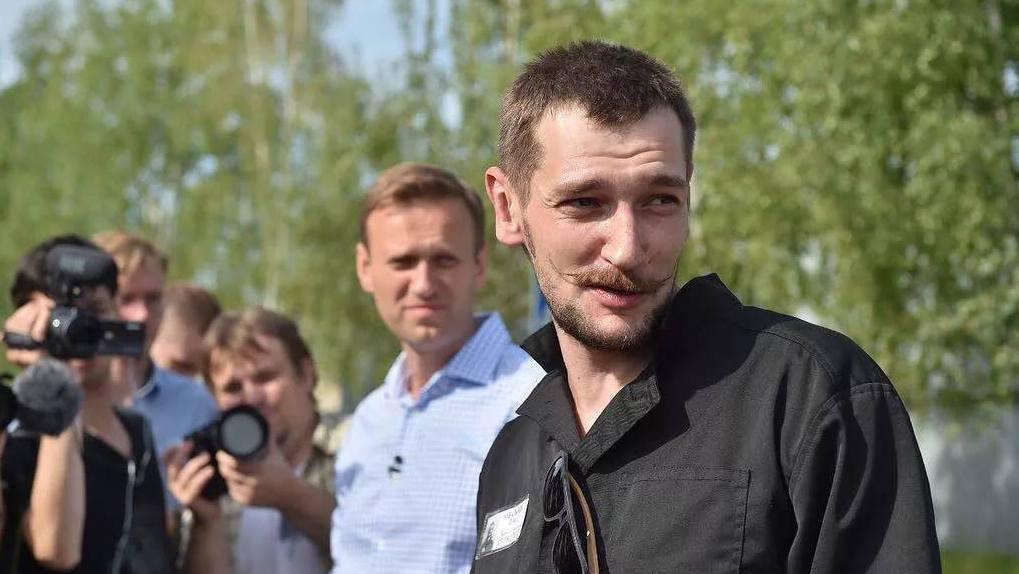 Олег Навальный поблагодарил персонал омской больницы за спасение брата
