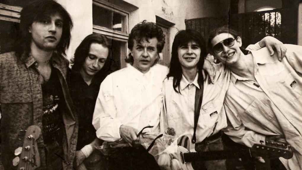 «Слухи подарили нам популярность»: эксклюзивное интервью музыканта группы из 80-х «Карнавал»