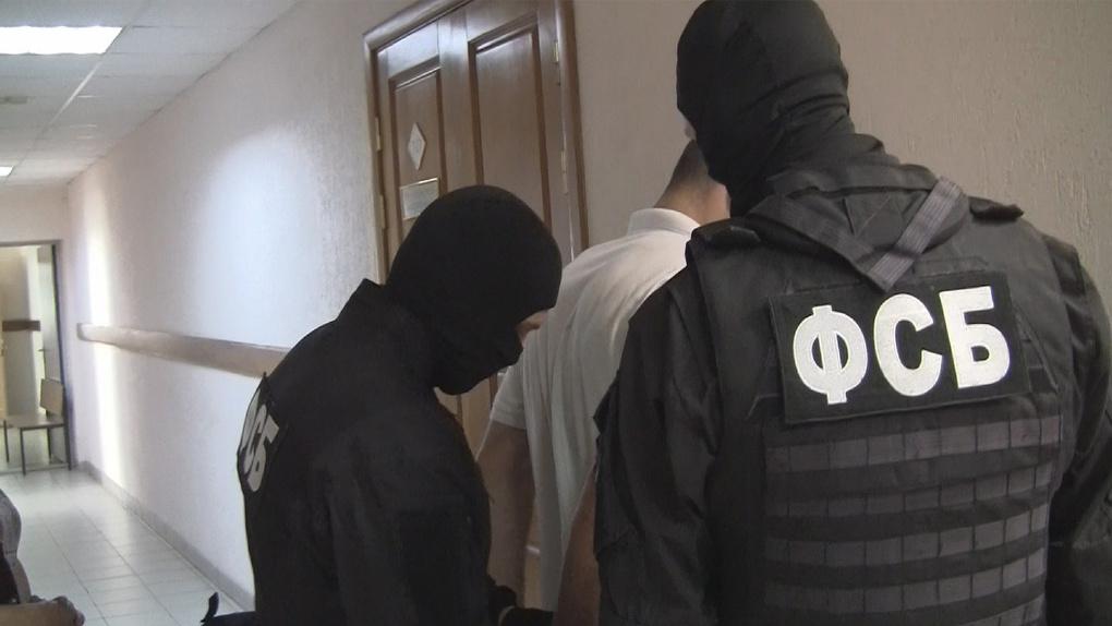 В Омскую область под чужой фамилией проник иностранный разбойник