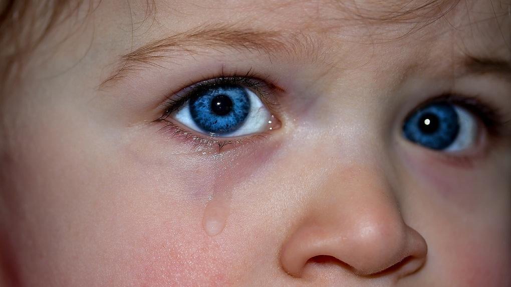 В Омске двухлетняя девочка отравилась лекарствами