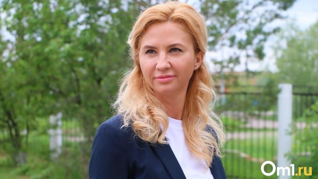 Бывшую главу омского Минздрава Солдатову объявили в международный розыск. ВИДЕО