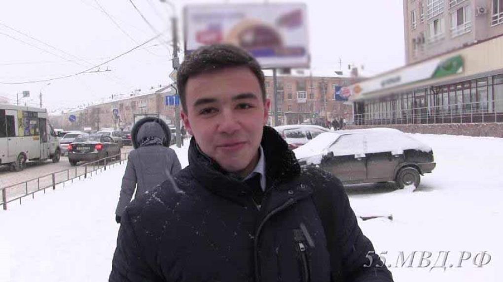 На проспекте Мира в Омске два студента помогли задержать грабителя