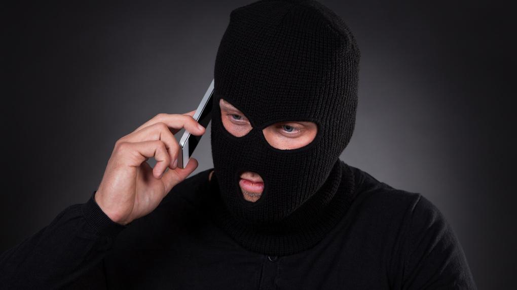 Омич обиделся на банк и решил его «заминировать»