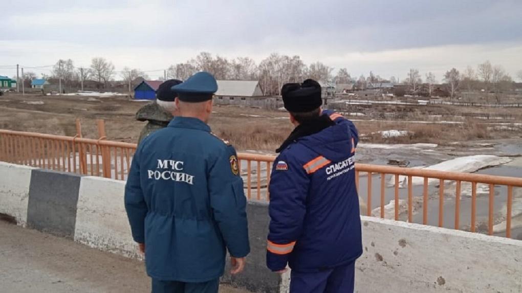 Эвакуация жителей неизбежна? В новосибирской реке Тула стремительно поднимается уровень воды