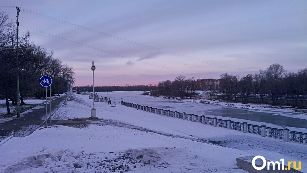 Омский губернатор Бурков обсудил возможные проблемы при строительстве самой длинной набережной Евразии