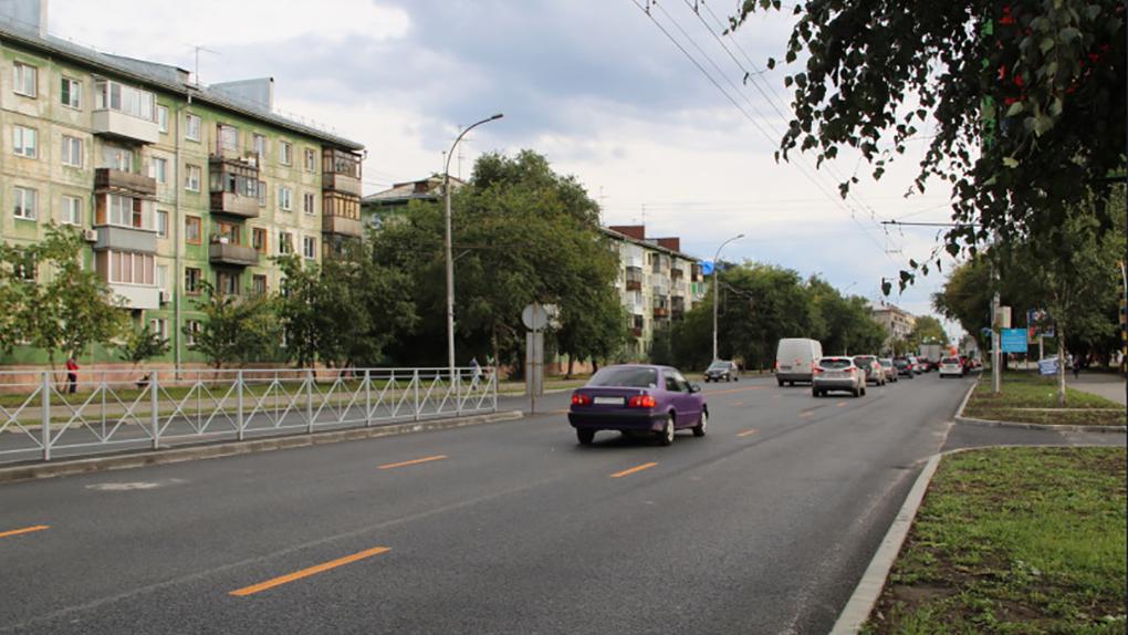 В Новосибирске обезопасят дороги к девяти детсадам и восьми школам