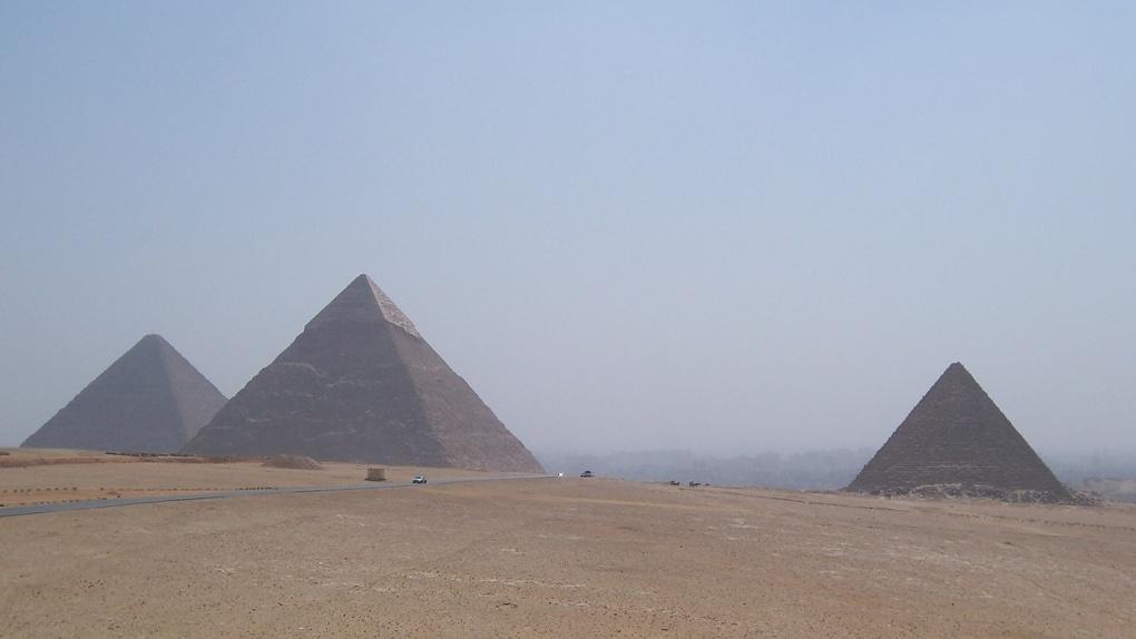 Блоки отливали из гелей. Омский учёный разгадал секрет строительства египетских пирамид