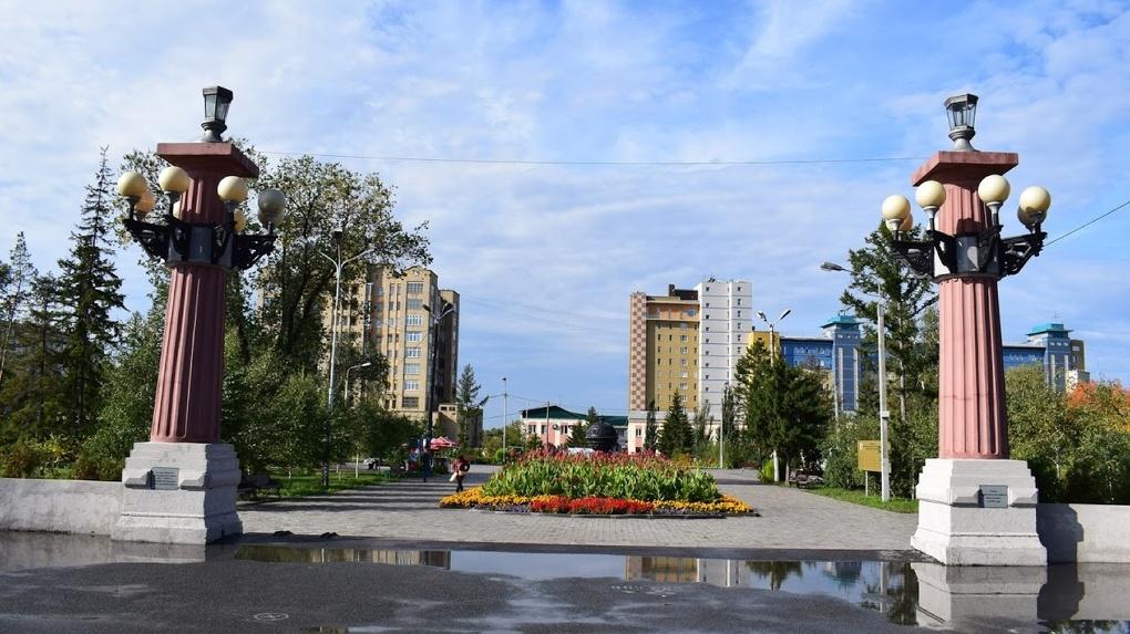На Омск идёт мощный циклон. Стало известно, когда на смену жаре придут дожди