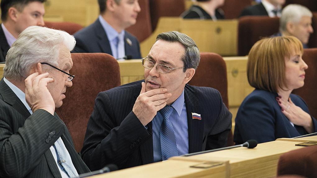 Политический скандал в Новосибирске! Депутат обвинил оппонентов в зачистке избирательного округа