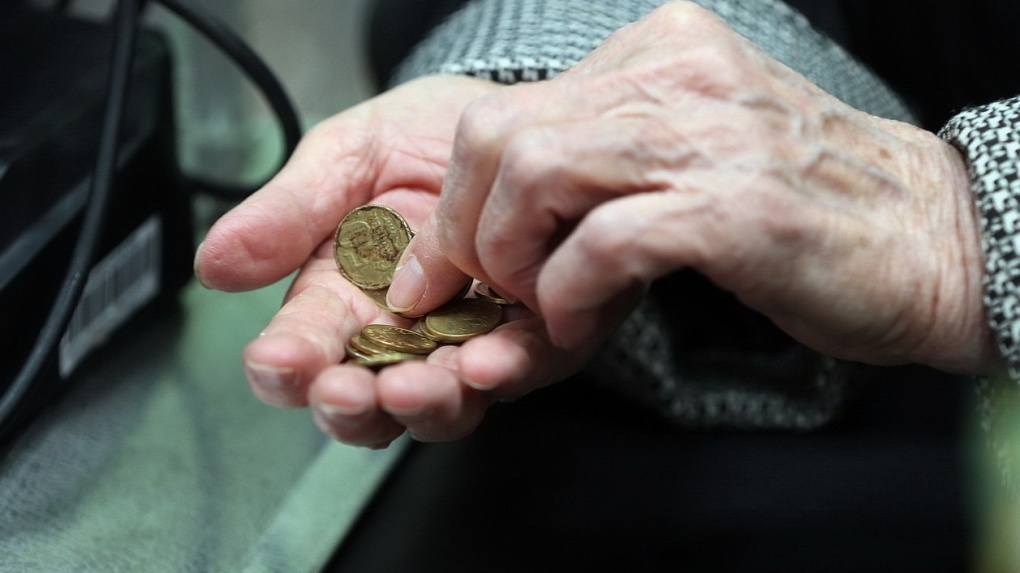 В России стало меньше малоимущих. Но за чертой бедности все равно живет каждый восьмой