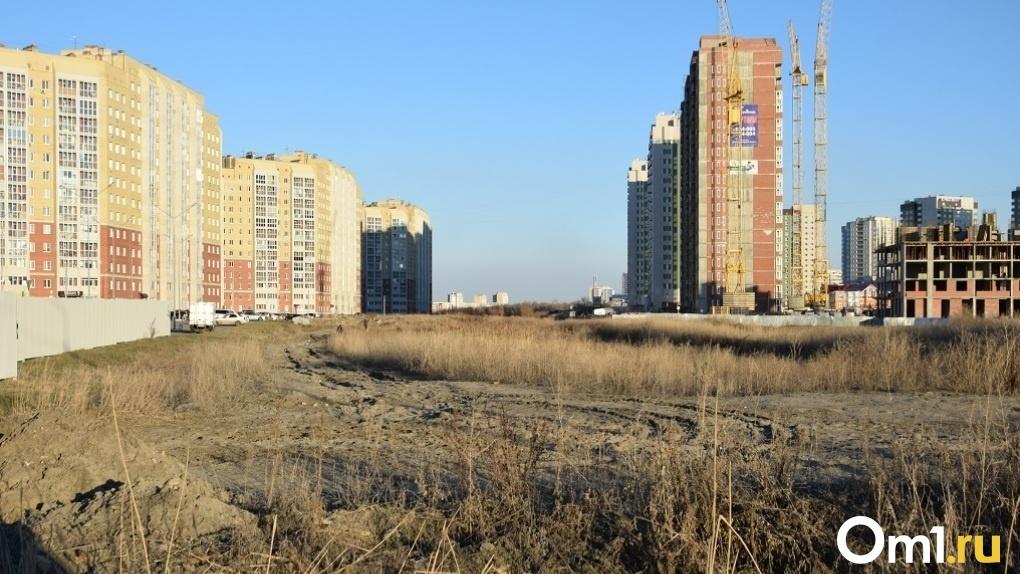 В Омске сняли на квадрокоптер процесс строительства дороги-дублера на Левобережье