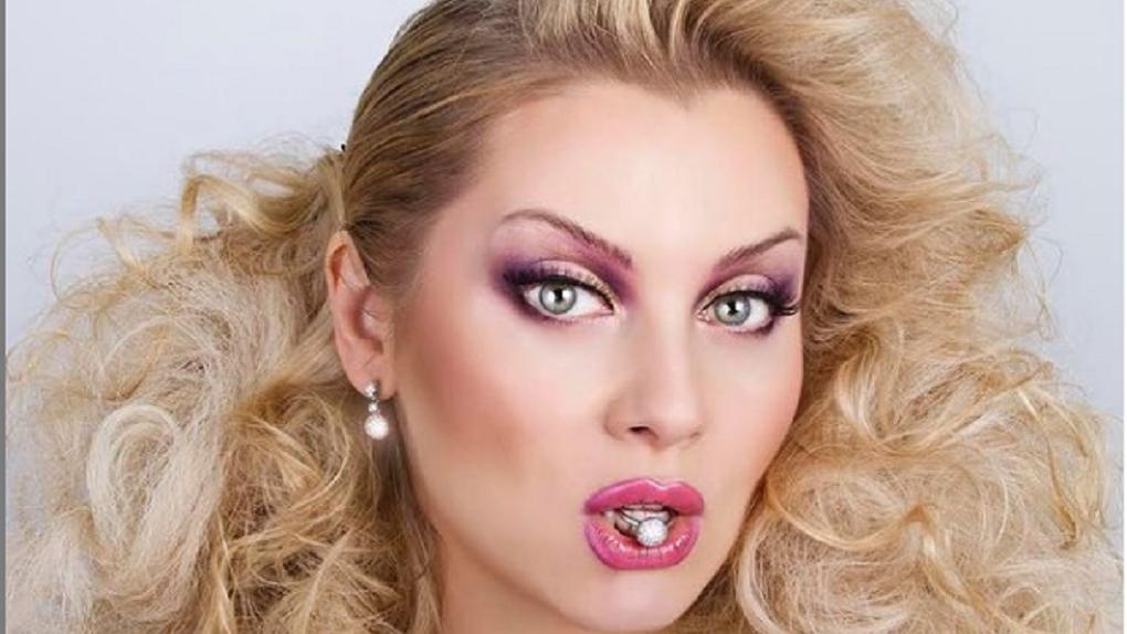 Теледива из Новосибирска Лена Ленина призналась, что из-за коронавируса потеряла близкого человека