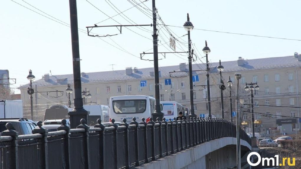 В Омске заменили три бригады одной машиной. Её стоимость – 4,5 миллиона рублей