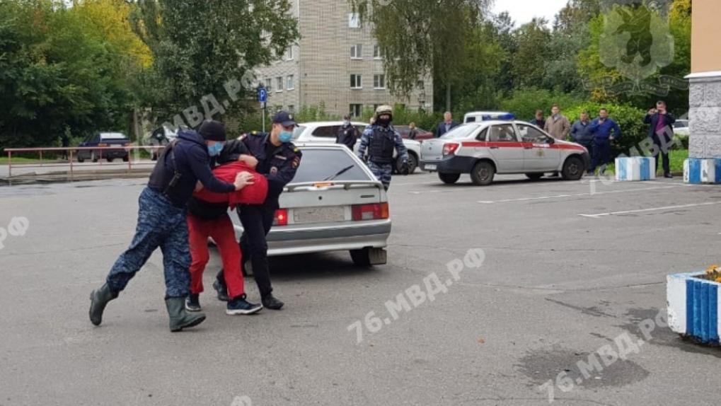 «Некоторые части тела запёк в фольге». Опубликованы подробности зверского убийства девочек из Омска