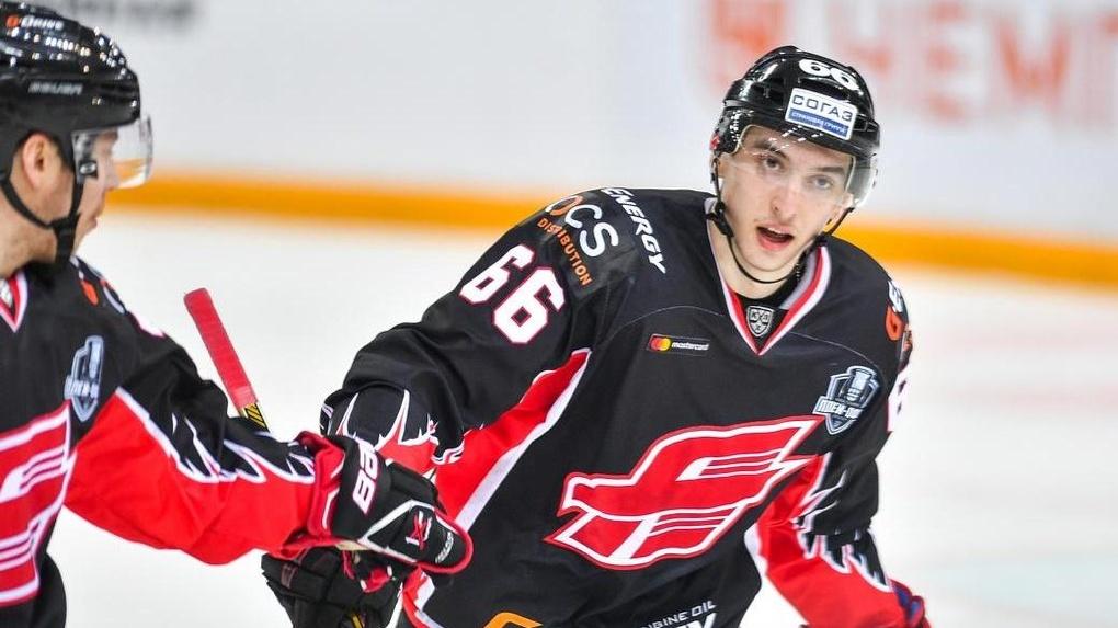 Илья Михеев вопреки всем слухам о переходе в СКА останется в «Авангарде»