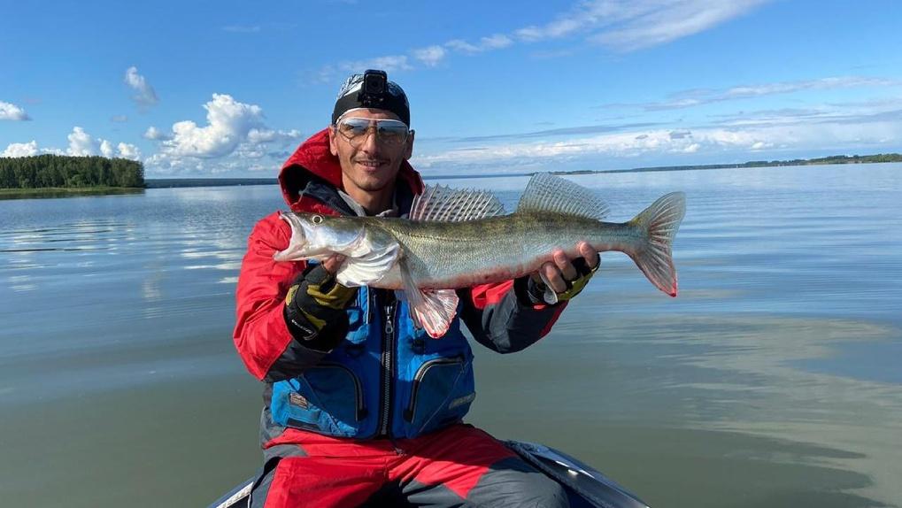 Новосибирец поймал фотогеничную рыбу