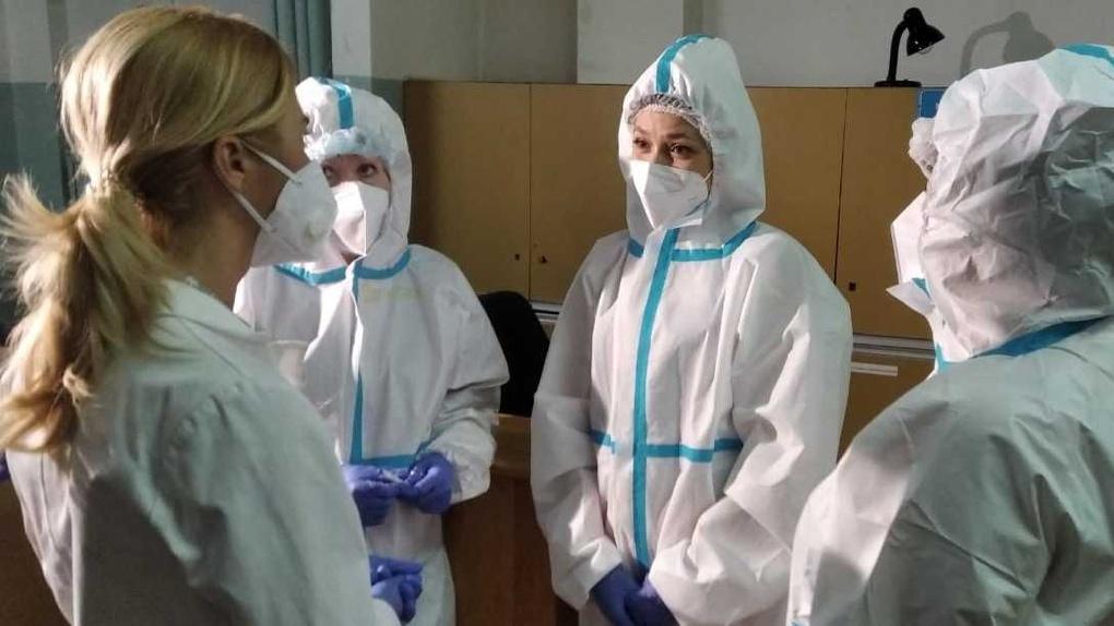 Омский министр Ирина Солдатова нагрянула с внезапной проверкой в ГБ №1
