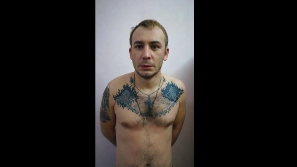 Прикинулись полицейскими: мошенники похитили новосибирца, чтобы забрать его деньги и золото