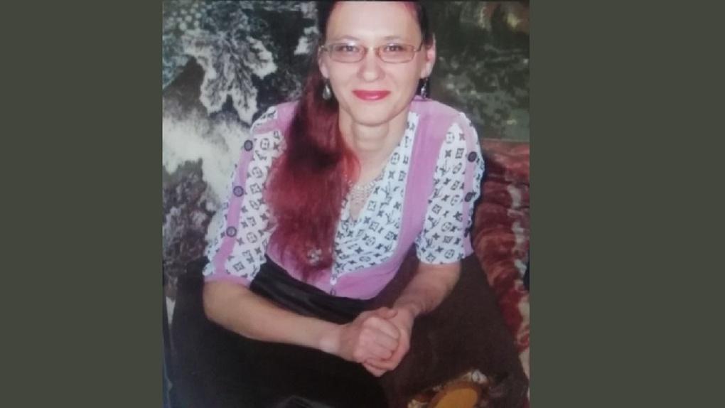 В Омске больше недели разыскивают сельчанку, которая села в автобус и пропала