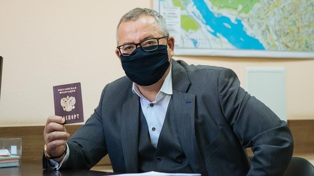 Первый кандидат в депутаты Заксобрания Новосибирской области подал документы на участие в выборах
