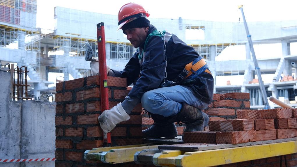 В майские праздники не снижаются темпы строительства новосибирского ЛДС