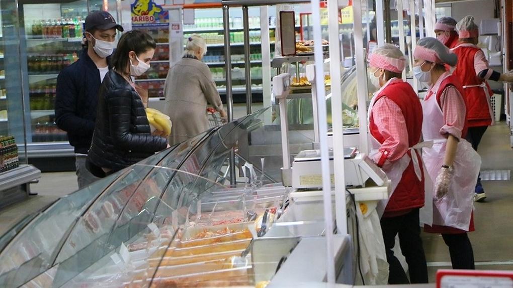 Полиция проверила, как торговые точки Омска заботятся о безопасности сотрудников и покупателей