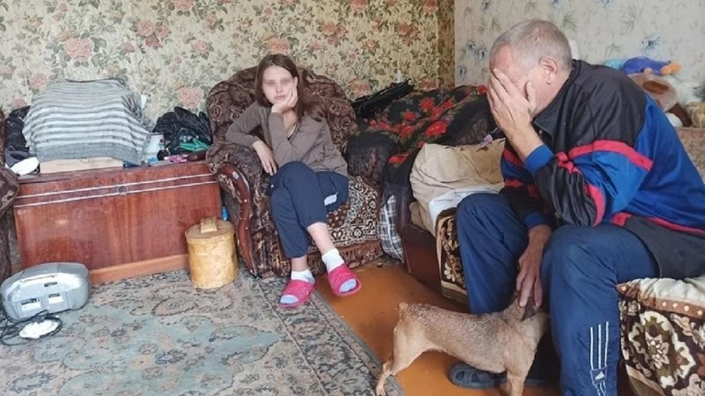 Родила в 14 лет: детский омбудсмен Надежда Болтенко встала на защиту юной матери из Новосибирска