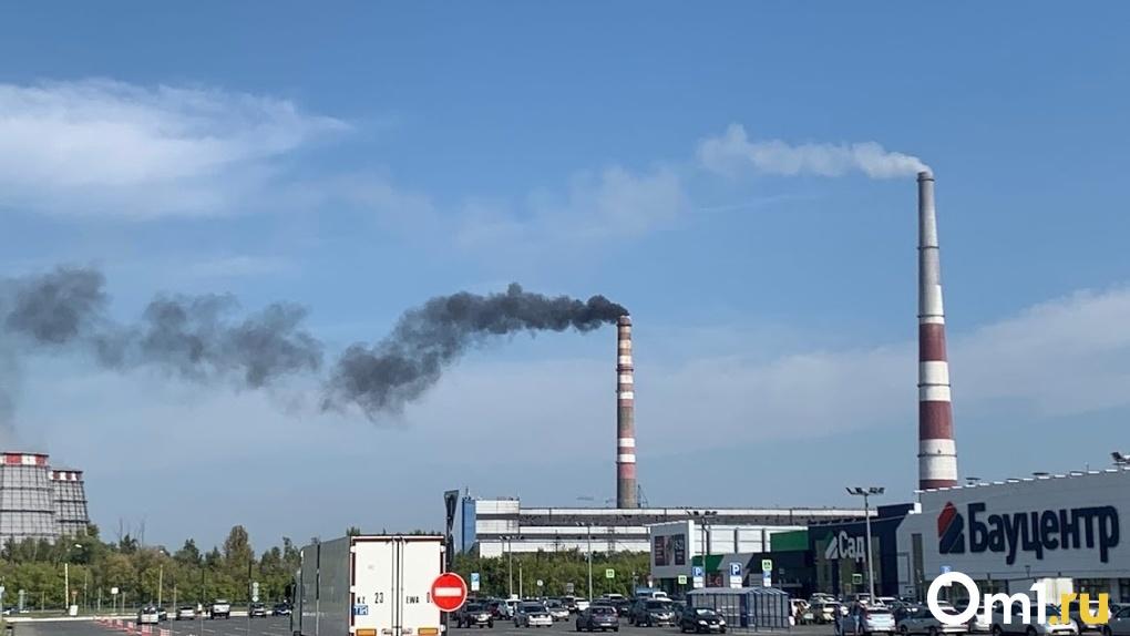 Несмотря на жалобы омичей, в Минприроды не нашли превышений выбросов сероводорода