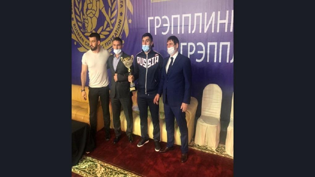 Три золотые и одну серебряную медали завоевали новосибирские борцы на Всероссийских соревнованиях