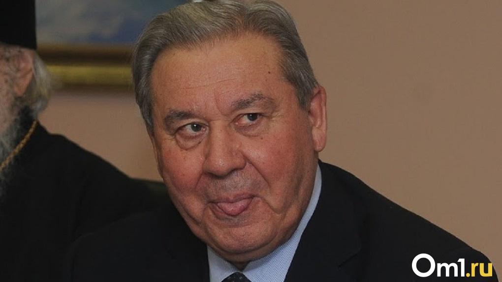 Омские пенсионеры подают в суд на Леонида Полежаева из-за его новой пенсии